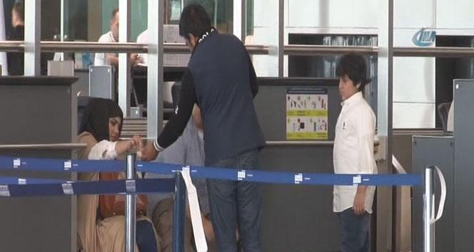 Yabancı uyruklu dilenciler havalimanını mesken tuttu