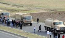 Ağır silah taşıyan peşmerge konvoyu Cizre'den geçti