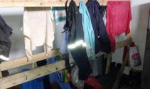 Soyunma odaları çalışma şartlarını gözler önüne seriyor