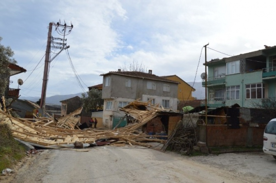 Bursa'da Lodos Dehşeti: 2 Yaralı