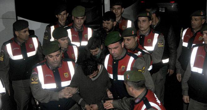 Özgecan'ın katilleri güvenlik nedeniyle Tarsus dışında cezaevilerine gönderildiCezaevi,katil zanlısı,özgecan aslan,tutuklama