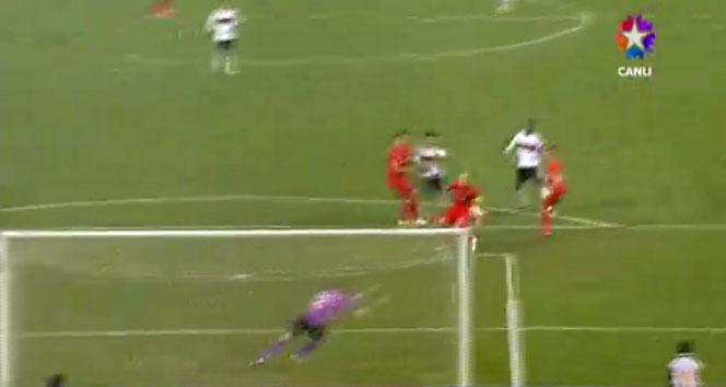 İşte Liverpool'u Olimpiyat'ın çimlerine gömen gollerbeşiktaş,ercan taner,liverpool,UEFA Avrupa Ligi